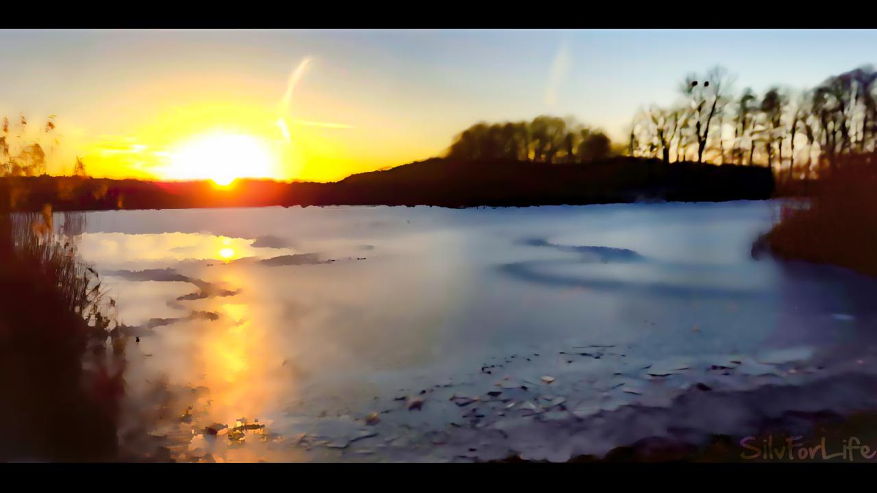 See Landschaft mit sonnenuntergang